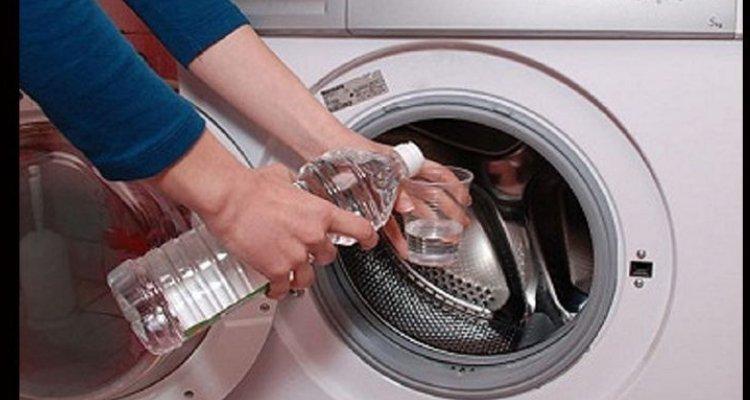 vinaigre blanc machine à laver danger