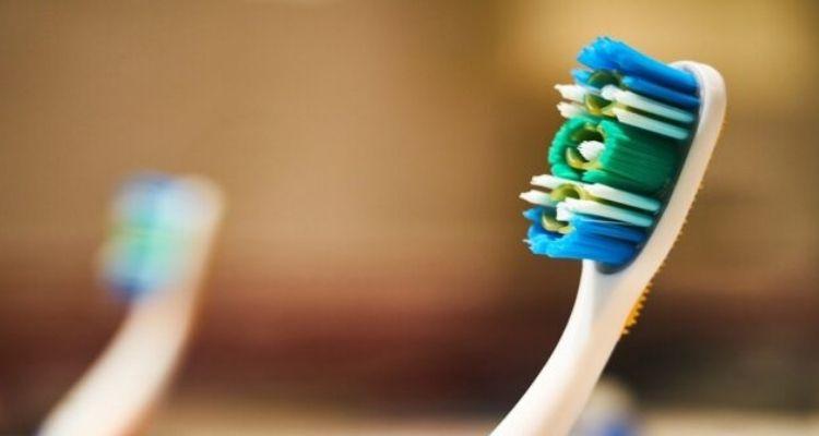 nettoyer brosse à dents