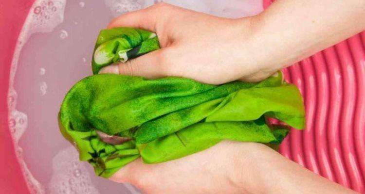 laver la soie à la main